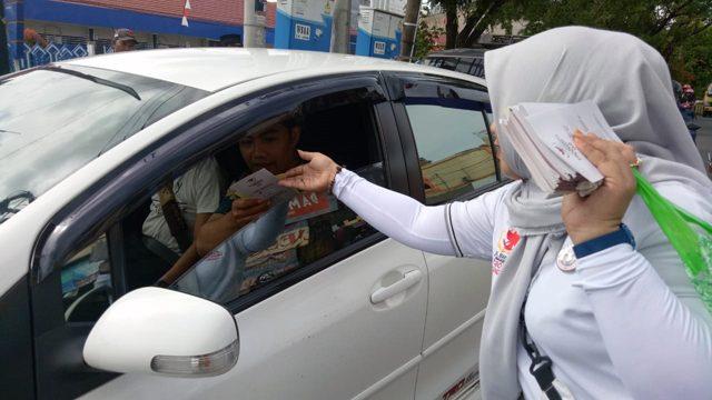 FOTO: Emak-emak Pedukung Prabowo-Sandi di Bone Turun ke Jalan