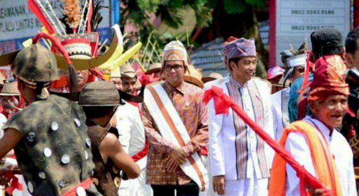 Didampingi Gubernur Sulsel, Jokowi Hadiri Perayaan Natal di Tana Toraja