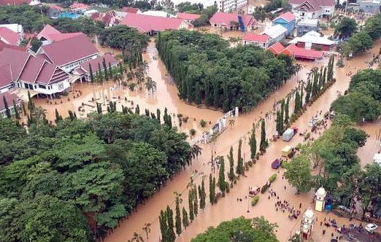 26 Jam Lumpuh, Arus Lalu Lintas di Jalan Poros Bone-Makassar Kembali Normal