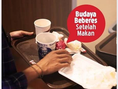 KFC Himbau Beberes Setelah Makan, Warganet Protes
