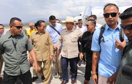 Gubernur Sulteng Sambut Kedatangan Prabowo di Palu