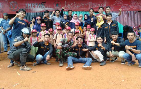 Kesatuan Mahasiswa Sinjai Asal Universitas Negeri Makassar Bantu Sekolah Terpencil