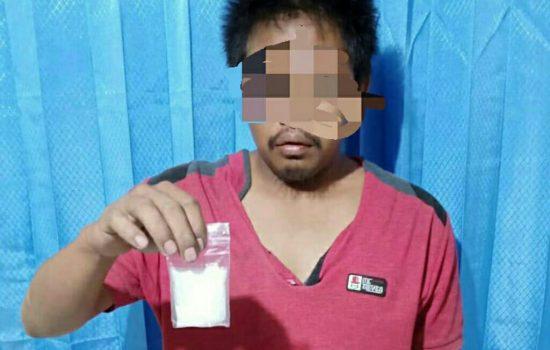 Selipkan Sabu dalam Bingkisan Buah, Sopir Angkot Ditangkap Polisi