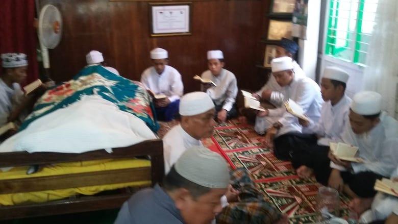 Rumah duka almarhum KH Abdul Latif