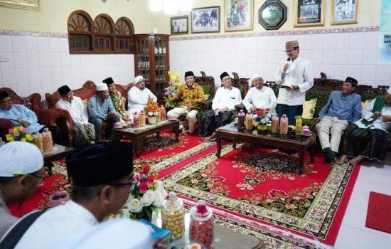 Silaturahmi ke Pesantren Al Wahdah Rembang, Sandiaga Uno Siap Bangkitkan Ekonomi Umat