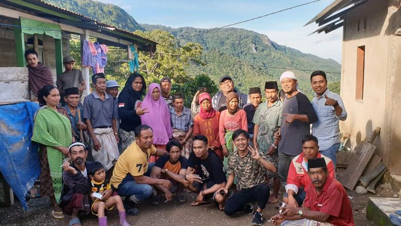 Calon Anggota DPRD Provinsi, Andi Izman Maulana Padjalangi, berkunjung ke Dusun Lurae, Desa Watangcani, Kecamatan Bontocani, Kabupaten Bone, Sulawesi Selatan, Jumat, 18 Januari 2019. (BONEPOS.COM - IST).