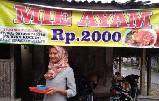 Wow, Warung Ini Jual Mi Ayam Seporsi Hanya Rp.2.000