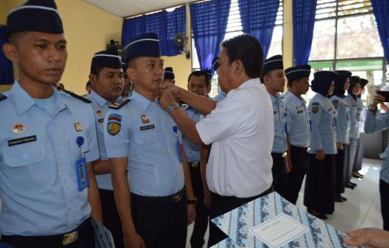 25 Orang Petugas Lapas Watampone Dilantik Jadi PNS