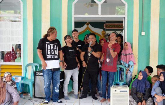 Begini Kemeriahan Saat Komedian Makassar Hibur Korban Banjir Longsor Gowa