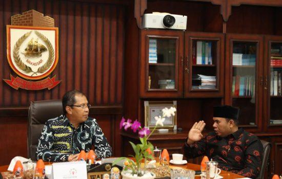 Waringin Barat Tertarik Belajar Penanganan Sampah di Makassar