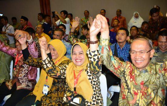 Wabup Sinjai Hadiri Rakernas dan Launching Gerakan Indonesia Bersih