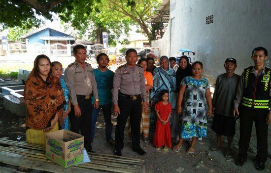 Polisi Peduli, SAT BINMAS Polres Bulukumba Berbagi Sembako
