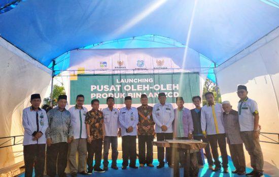 Bupati Launching Pusat Oleh-oleh Binaan Baznas di Tanjung Bira
