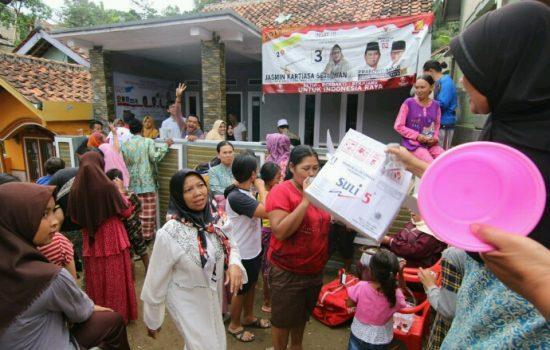 Dokling Prabowo-Sandi Beri Pengobatan Gratis di Wilayah Bogor