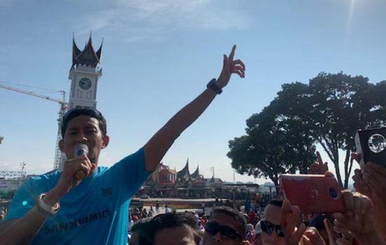 Hari Ini, Sandiaga Uno Berlari mengelilingi Kota Bukittinggi