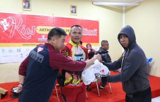 Bantu kebutuhan masyarakat, Brimob Yon C Pelopor Gelar Pasar Murah