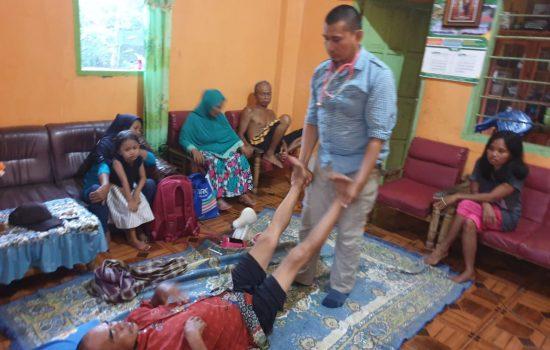 Warga Antusias Program Kesehatan Radar Jaya, Minta Desanya Jadi Prioritas