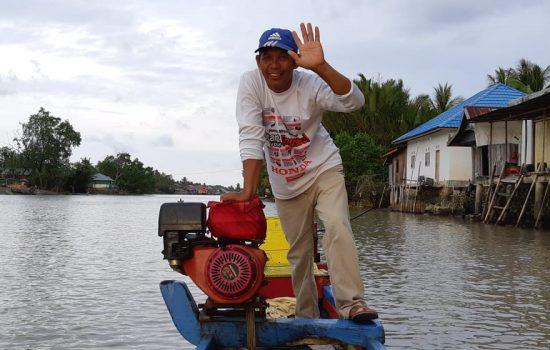 Tukang Taksi Perahu: Maccaleg atau Tidak, Yasir Lato'e Paling Malabo