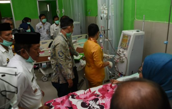 Sekretaris RSUD Latemmamala Yanwar Saiful : Pengoperasional Perdana Alat Cuci Darah