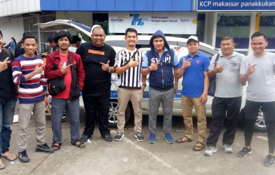Walau Hujan Gerimis, Relawan GMI PrabowoSandi Makassar Semangat Bersosialisasi