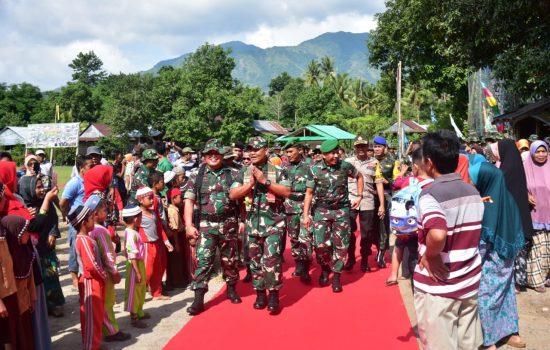 Kodam Hasanuddin dan Polda Sulsel Gelar Pasukan Apel Kesiapan Pengamanan Pemilu
