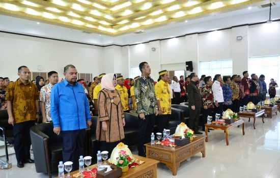 Hadiri Penyerahan Laporan Keuangan Pemkab ke BPK Sulsel, Ini Harapan Ketua DPRD Sinjai