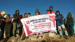 Dua Hari, PSMP Taklukkan Puncak Gunung Bawakaraeng