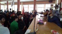 Massa Mahasiswa Ancam Duduki DPRD Bone