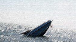 Kapal Tenggelam di Teluk Bone, 11 Orang Nyaris Tewas