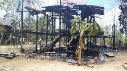 Ditinggal Kerja, Rumah Panggung di Bone Ludes Terbakar