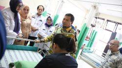 Pemkot Makassar Tanggung Pengobatan Gadis Cilik Penderita Tumor