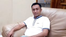 Malam-malam, Adik Taufan Tiro Diambil Sumpahnya Sebagai Pimpinan DPRD Bone