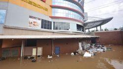 Pengelola Mal Merugi Akibat Banjir, Anies Dituntut ?