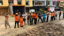 Selesai Beraksi di Timur, Tim SAR Brimob-BPBD Sasar Barat Kota Bone
