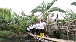 Dua Jam Pj Wali Kota Makassar Sisir kanal, Cari Solusi Banjir Panakkukang