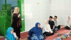 Masuk ke Masjid, Ketua TP PKK Kota Makassar Kampanye