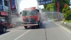 "Pj Wali Kota Makassar ""Cuci"" Kota Pakai Disinfektan"