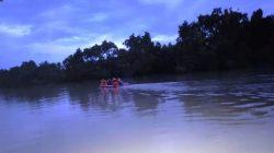 Satu Keluarga Kecelakaan Naik Perahu, Suami Masih Hilang