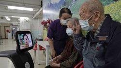 Nenek 102 Tahun Ini Sembuh dari Virus Corona