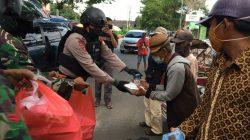 Tiap Hari, Dapur Lapangan TNI Polri Hadirkan Ratusan Paket Berbuka Puasa Warga Terdampak Corona