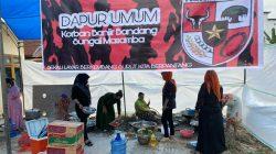 Aksi Sosial Srikandi PP Dirikan Dapur Umum Sokong Warga Korban Banjir Bandang