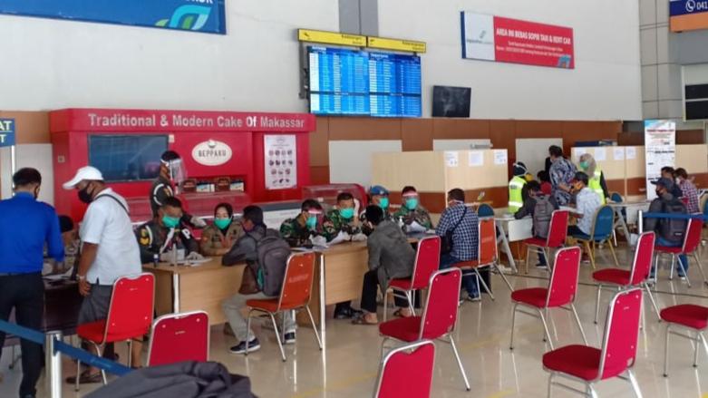 Ada Pemeriksaan Rapid Test di Bandara Sultan Hasanuddin ...