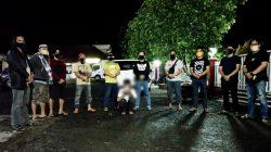 Lagi Asyik Nongkrong, Pemuda Ini 'Digulung' Polisi