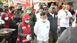 """Sambangi Masamba, JK """"Suntik Khusus"""" Relawan PMI"""