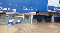 Banjir Bandang di Lutra, 15 Orang Dilaporkan Tewas
