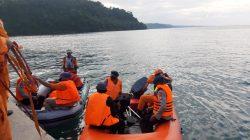 Brimob Bone Terjunkan SAR Khusus Cari ABK Hilang di Perairan Sinjai