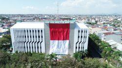 Unik, Semarak HUT RI ke-75 ala PLN, Pembentangan Bendera Raksasa hingga Pembagian Listrik Gratis