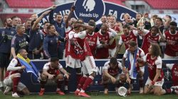 The Gunners Vs The Blues, Arsenal Sabet Piala FA