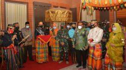 Ini Makna Gelar Adat Pangdam XIV/Hasanuddin dari Bupati Bone