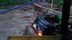 Kasihan, Banjir Bandang Hanyutkan Satu Rumah Warga Sukabumi